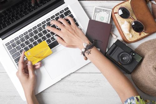 初めてクレジットカードを作る際の審査条件は?選ぶポイントも解説!